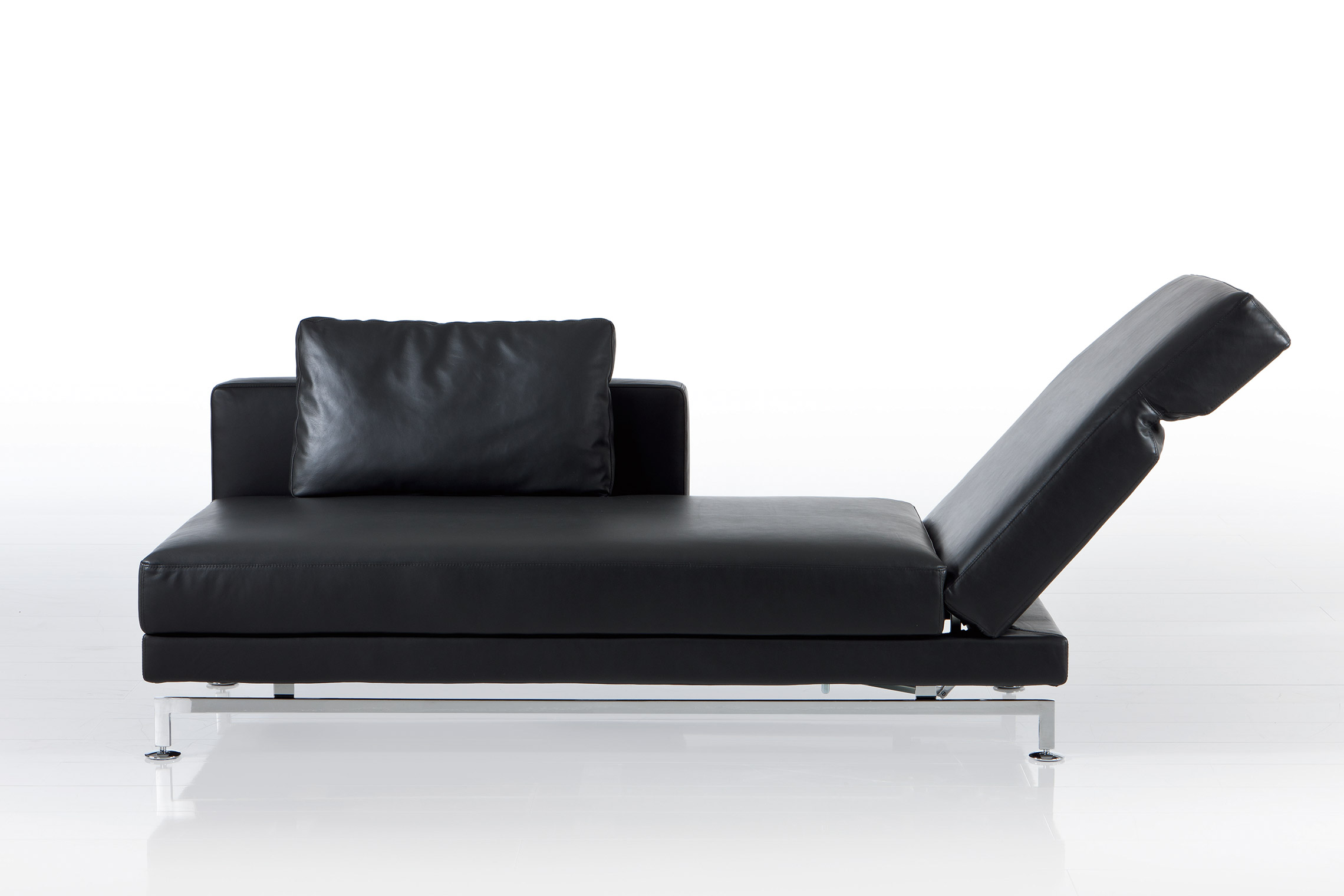 chaise longues. Black Bedroom Furniture Sets. Home Design Ideas